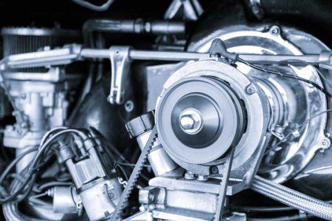 motorul si cureaua de distributie la masini